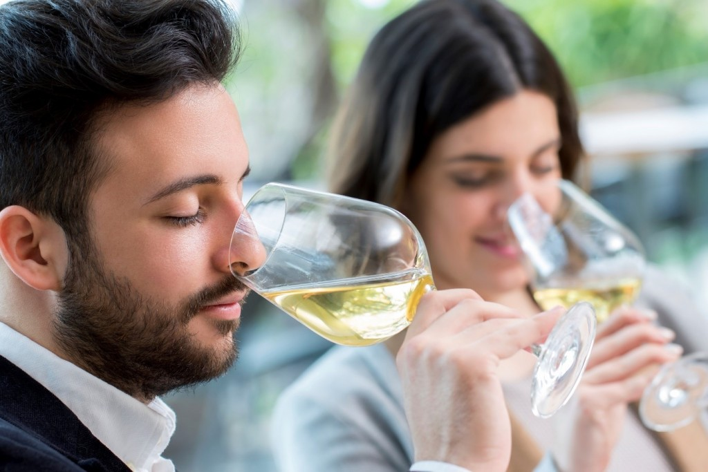 The Science And Psychology Of Blind Wine Tasting Spiral